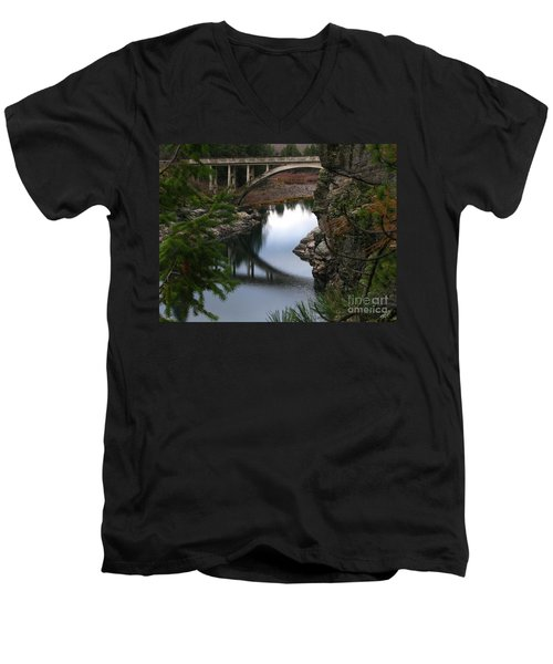 Scenic Fashion Men's V-Neck T-Shirt