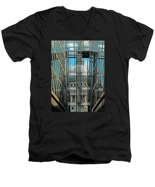 St Pauls Compressed Men's V-Neck T-Shirt