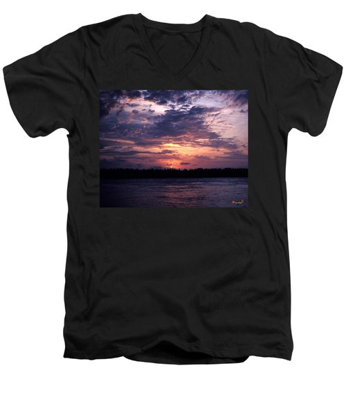 Men's V-Neck T-Shirt featuring the photograph Sunset Off Mallory Square 14s by Gerry Gantt