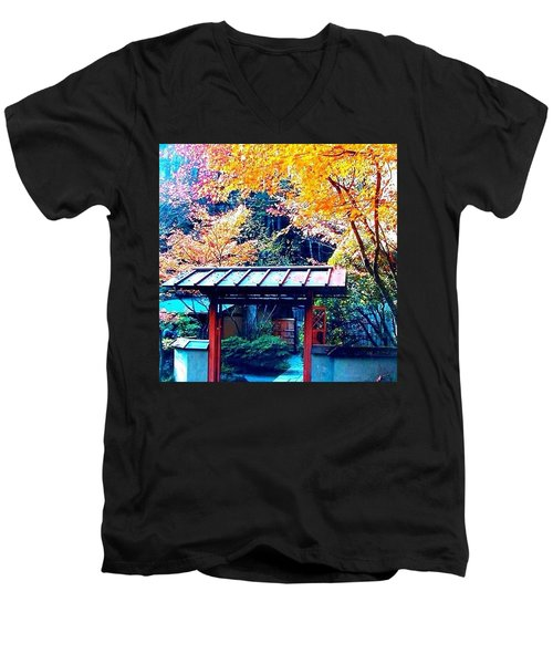 Tea House Gate In The Fall Men's V-Neck T-Shirt