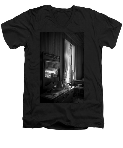 The Empty Bed Men's V-Neck T-Shirt
