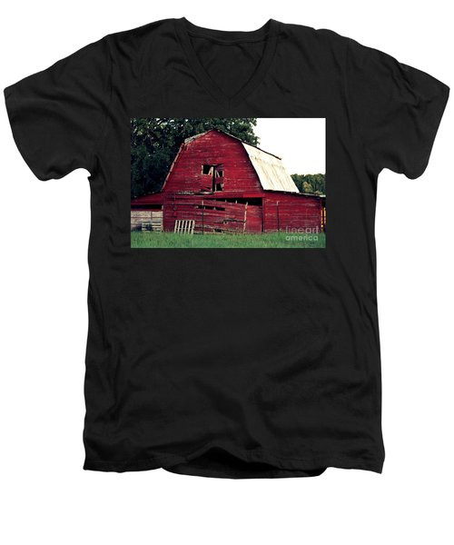 Men's V-Neck T-Shirt featuring the photograph The Ole Red Barn by Kathy  White