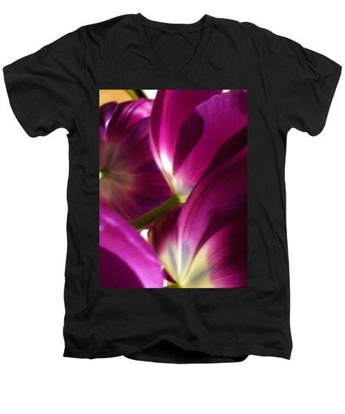 Tulip Weave Men's V-Neck T-Shirt