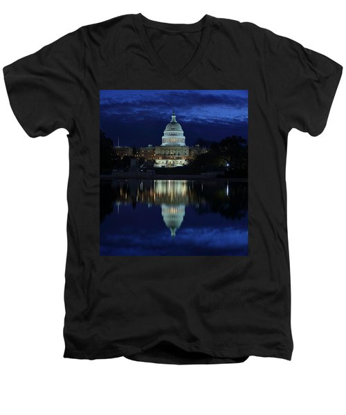 Us Capitol - Pre-dawn Getting Ready Men's V-Neck T-Shirt