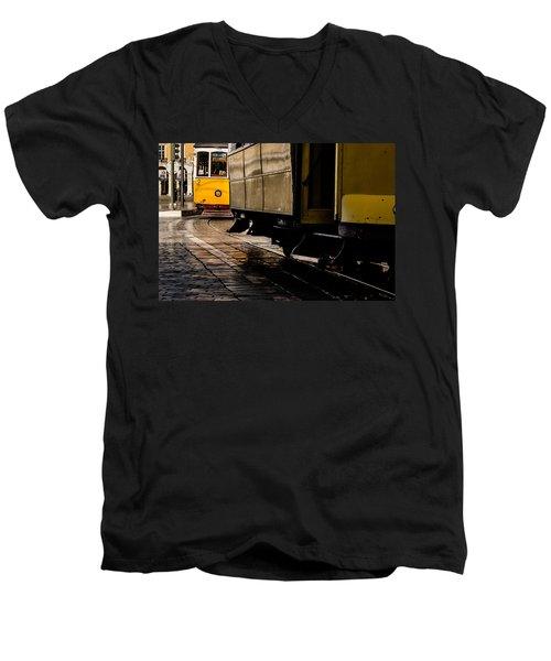 Via Castelo Men's V-Neck T-Shirt