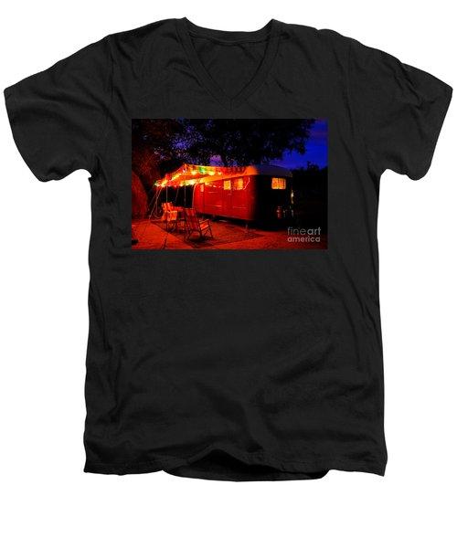 Vintage Vagabond Trailer Men's V-Neck T-Shirt