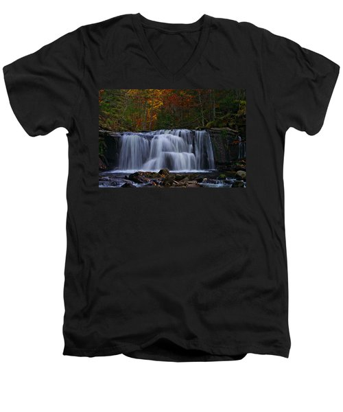 Waterfall Svitan Men's V-Neck T-Shirt