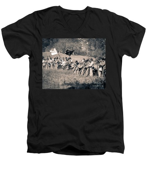 Gettysburg Confederate Infantry 9281s Men's V-Neck T-Shirt