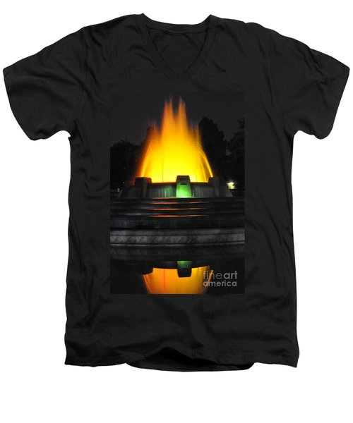 Mulholland Fountain Reflection Men's V-Neck T-Shirt