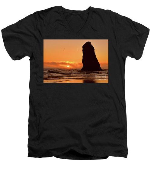 Cannon Beach Sunset Men's V-Neck T-Shirt