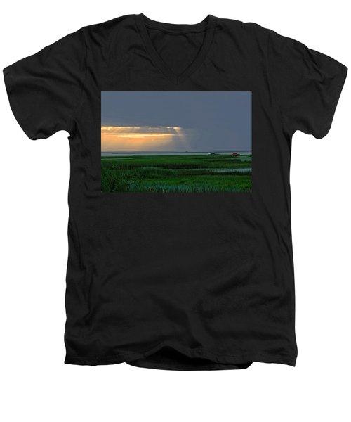Dusk Fishing Men's V-Neck T-Shirt