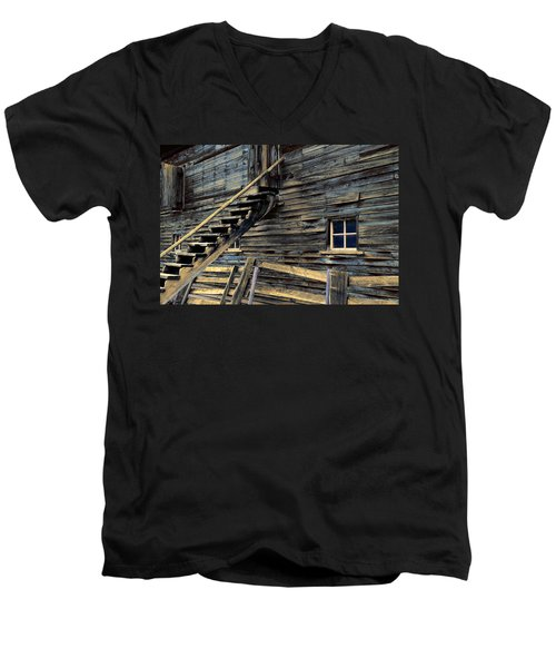 Golden Barn  Men's V-Neck T-Shirt