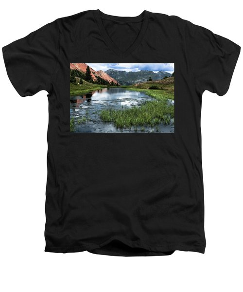 Men's V-Neck T-Shirt featuring the photograph Grey Copper Gulch by Jay Stockhaus
