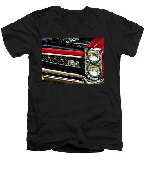 Gto 2 Men's V-Neck T-Shirt
