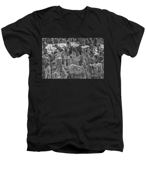 Hoodoos After A Snowfall Men's V-Neck T-Shirt by Sue Smith
