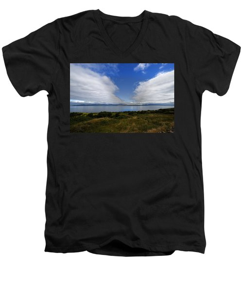 Irish Sky - Ring Of Kerry, Dingle Bay Men's V-Neck T-Shirt