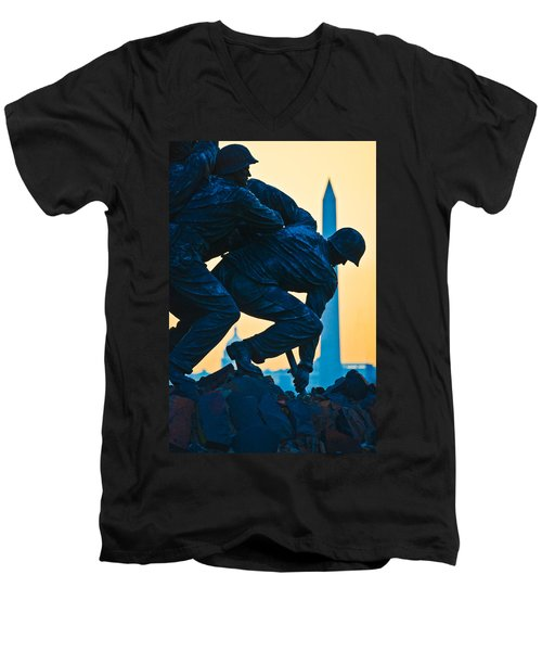 Iwo Jima Memorial At Dusk Men's V-Neck T-Shirt