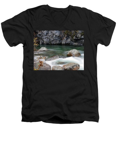 Little Susitna River Men's V-Neck T-Shirt