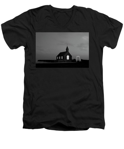 Old Countryside Church In Iceland Men's V-Neck T-Shirt