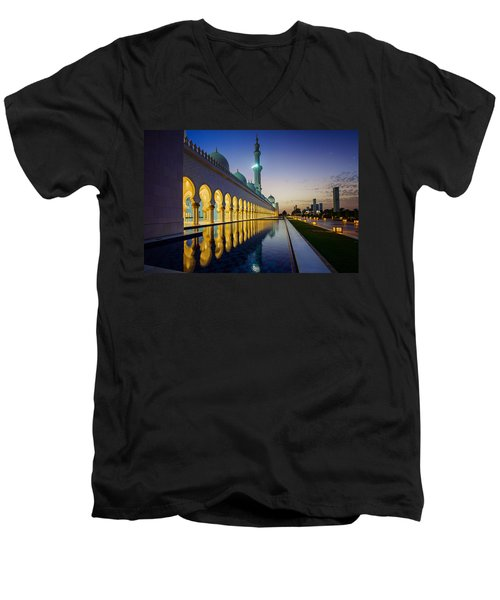 Sheikh Zayed Grand Mosque Men's V-Neck T-Shirt