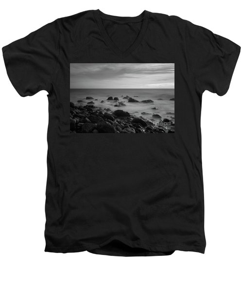 Ventnor Coast Men's V-Neck T-Shirt