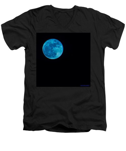 Yes, Once In A #bluemoon! Men's V-Neck T-Shirt