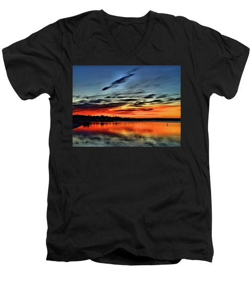 Sunrise Onset Pier Men's V-Neck T-Shirt