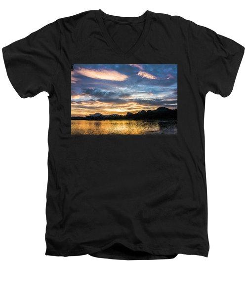 Sunrise Scenery In The Morning Men's V-Neck T-Shirt
