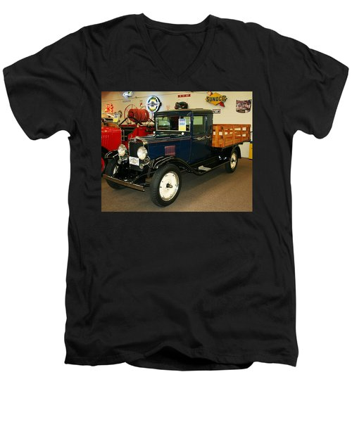 1930 Chevrolet Stake Bed Truck Men's V-Neck T-Shirt