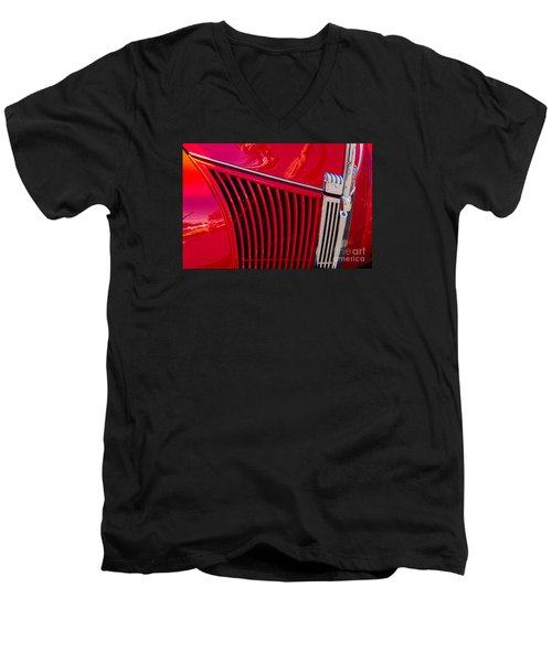 1940 Ford Pickup Grill Men's V-Neck T-Shirt