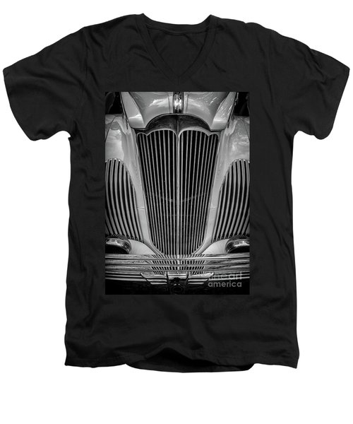 1941 Packard Convertible Men's V-Neck T-Shirt