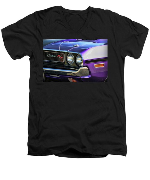1970 Dodge Challenger Rt 440 Magnum Men's V-Neck T-Shirt