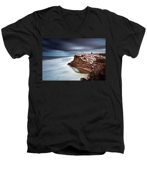 Men's V-Neck T-Shirt featuring the photograph Upcoming Storm by Jorge Maia