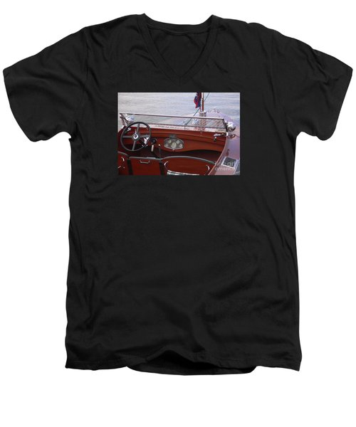 Chris Craft Runabout Men's V-Neck T-Shirt