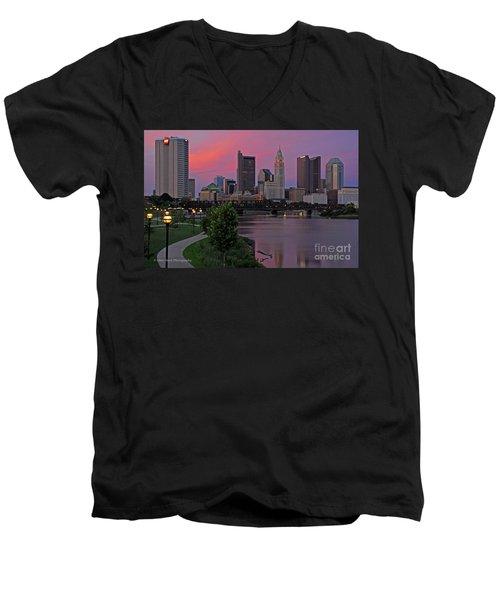 D2l37 Columbus Ohio Skyline Photo Men's V-Neck T-Shirt