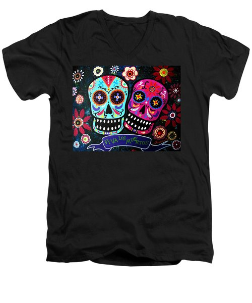 Couple Day Of The Dead Men's V-Neck T-Shirt