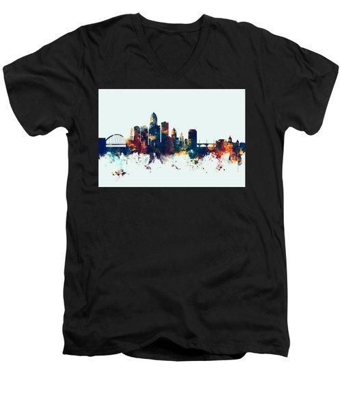 Des Moines Iowa Skyline Men's V-Neck T-Shirt