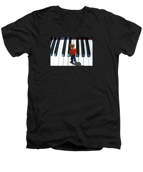 4021 Men's V-Neck T-Shirt by Peter Holme III