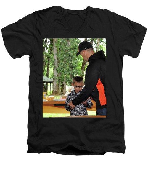 9787 Men's V-Neck T-Shirt