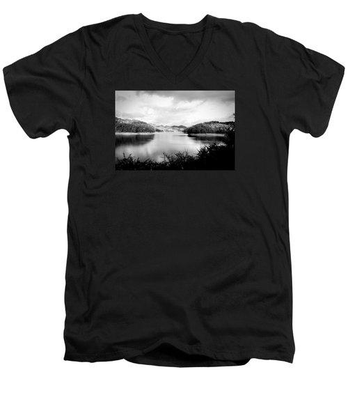 A Black And White Landscape On The Nantahala River Men's V-Neck T-Shirt by Kelly Hazel