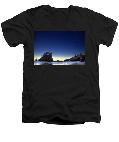 Men's V-Neck T-Shirt featuring the photograph A Night For Stargazing by William Lee