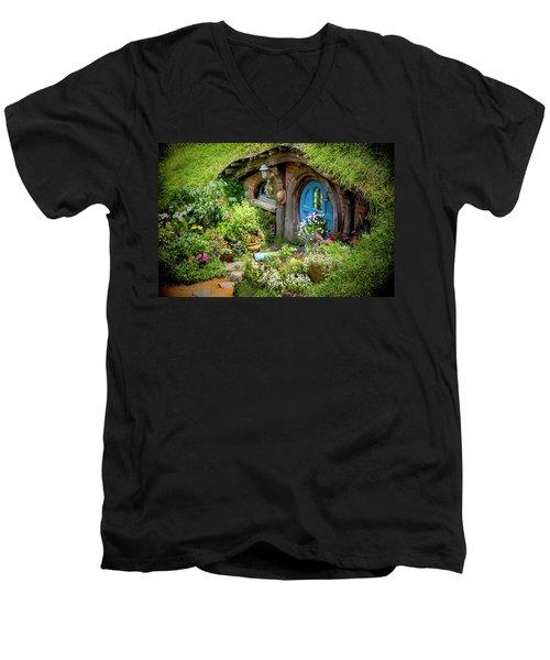 A Pretty Hobbit Hole Men's V-Neck T-Shirt