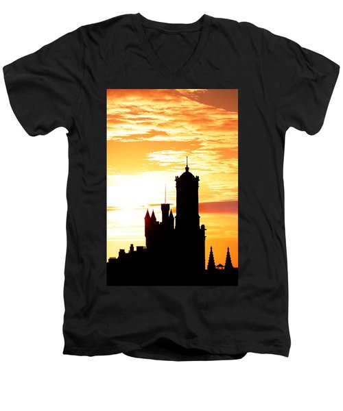 Aberdeen Silhouettes - Portrait Men's V-Neck T-Shirt