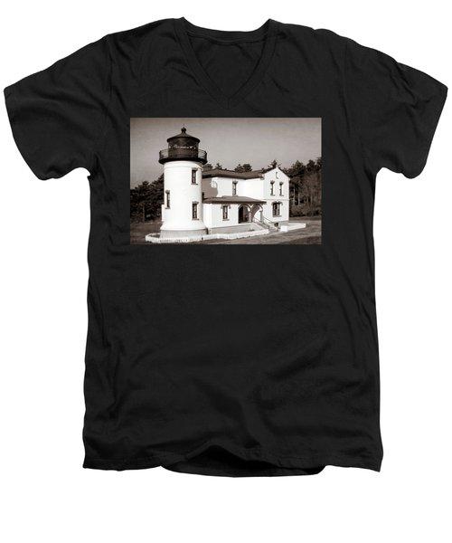Admiralty Head Lighthouse Vintage Photograph Men's V-Neck T-Shirt