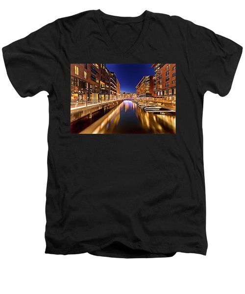 Aker Brygge Men's V-Neck T-Shirt