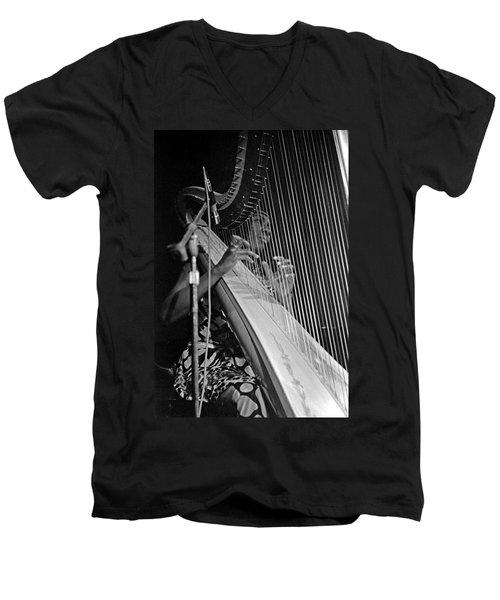 Alice Coltrane On Harp Men's V-Neck T-Shirt