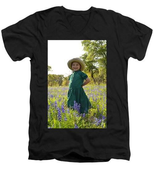 Amish Girl And Blue Bonnets I Men's V-Neck T-Shirt by Carolina Liechtenstein