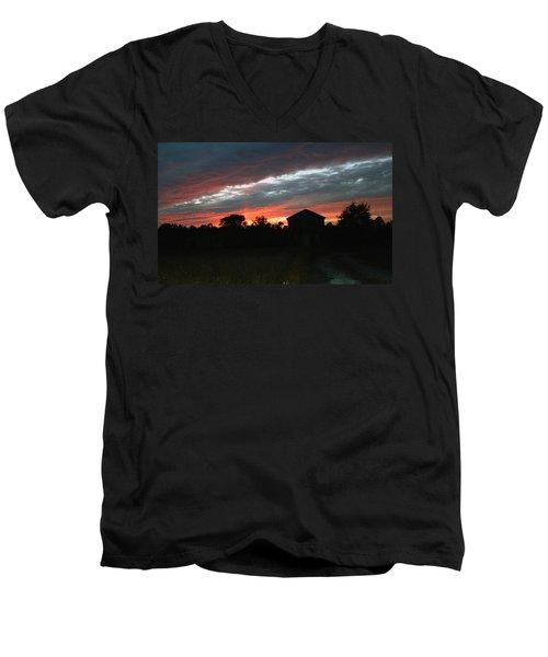 An Old Farm Men's V-Neck T-Shirt