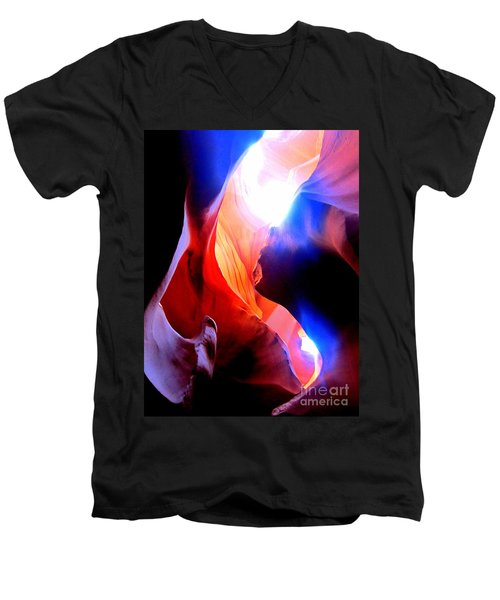 Antelope Canyon Fusion A Men's V-Neck T-Shirt