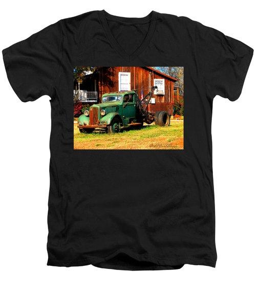 Antique Tow Truck Men's V-Neck T-Shirt
